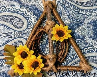 Mini Hallows Wizard Wreath - Fall Decor - Floral - Home Gifts - Wood Wreath - Door Decor - Rustic - Geek Home Decor - Nerd Home Decor