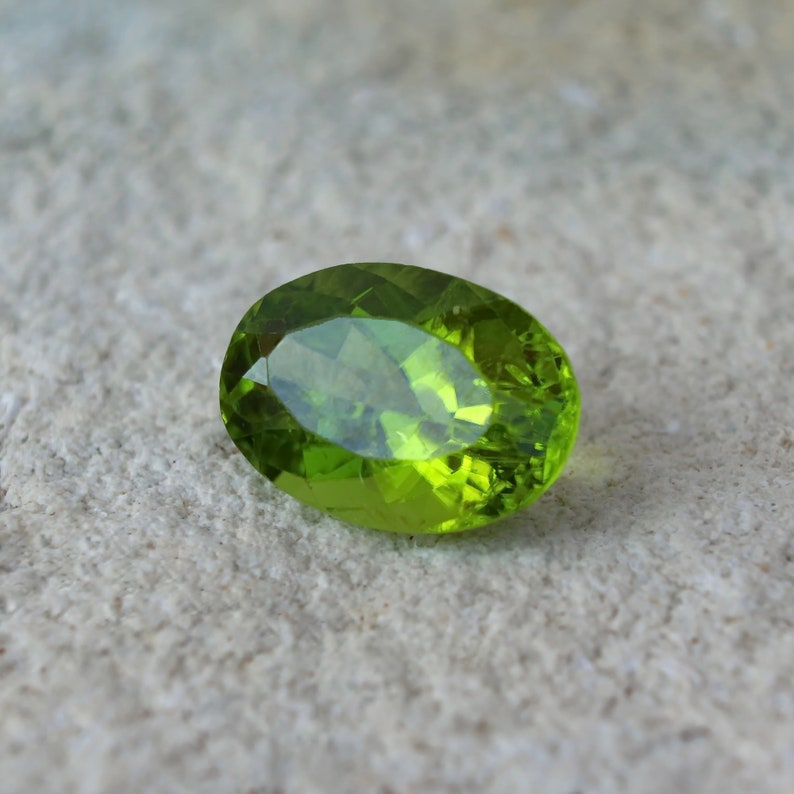 10 carat oval cut Arizona Peridot