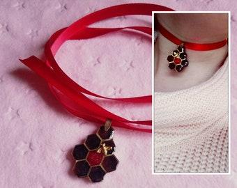 Red and Gold Honeycomb Ribbon Choker