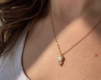 Radiant opal necklace