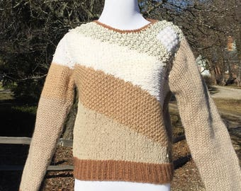 80s Naomi Bee deadstock loose hand knit colorblock earth tones pullover Sweater size M tan beige brown white silver
