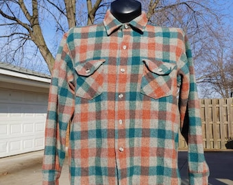d49af3864d812d 80 s Woolrich laine à carreaux boutonné col chemise taille L XL en USA vtg  gris saumon vert vintage