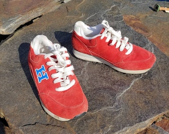 53eed91c91c5 7.5 M -90s Tommy Hilfiger red suede leather lace up sneakers vtg vintage H  logo simple basic