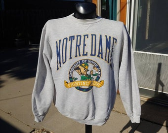 a67e6c8c 90s Notre Dame graphic heather gray pullover sweatshirt size L/XL vtg  vintage college Irish University 90s