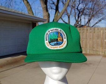 e308b062cb0 80s Ministry of Natural Resources keep Ontario Beautiful logo stitched  patch green snapback baseball cap trucker hat vtg vintage Canada