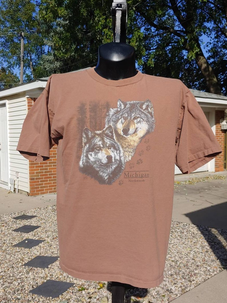 5ba381ce 90s Wolves graphic Michigan light brown T shirt size L made | Etsy