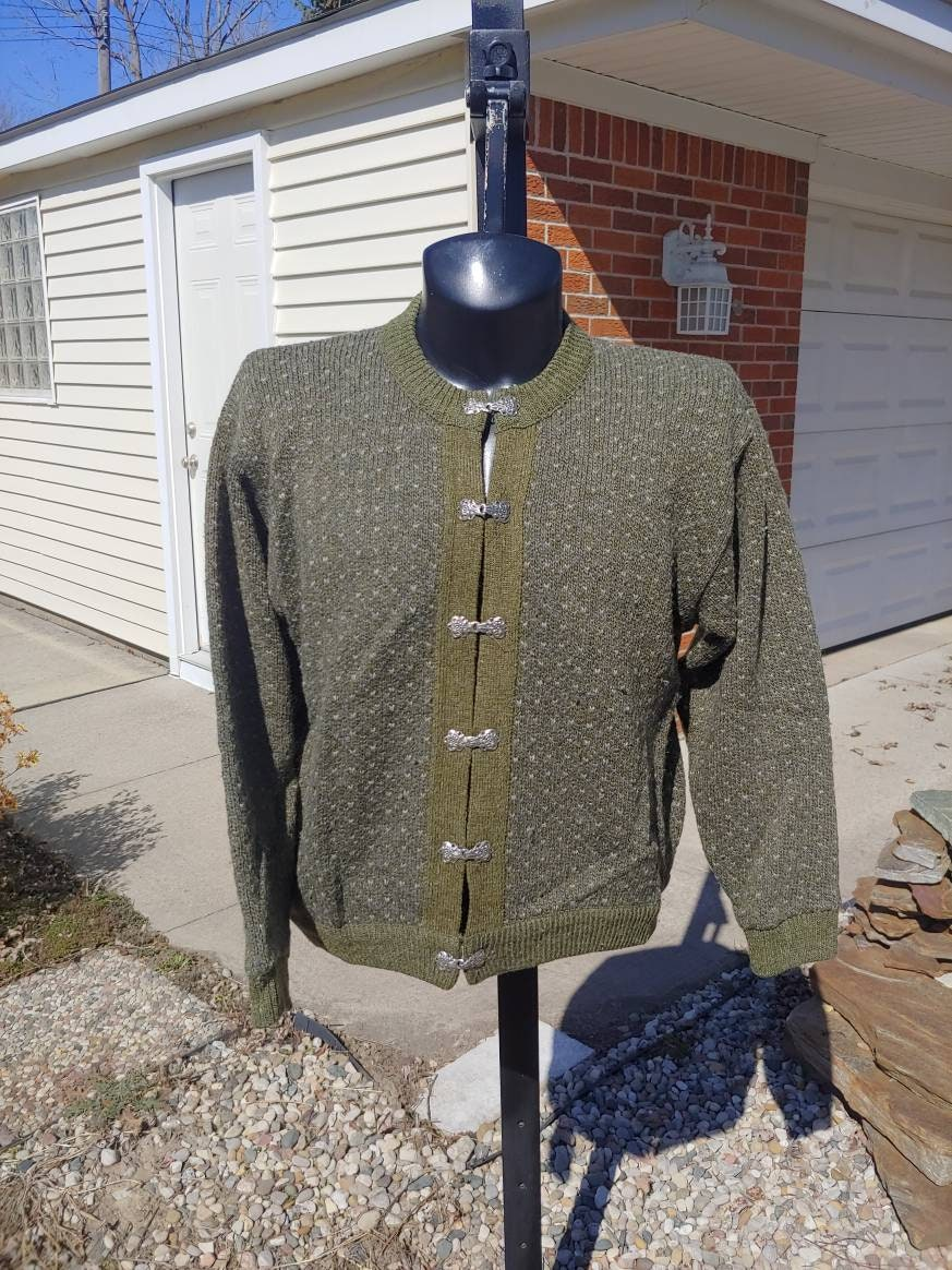 80s Sweatshirts, Sweaters, Vests | Women 80S 90S Ll Bean Knit Wool Blend Cardigan Ski Sweater Size L Made in Norway Vtg Vintage Green Nordic Pewter Clasp Heavyweight $85.00 AT vintagedancer.com