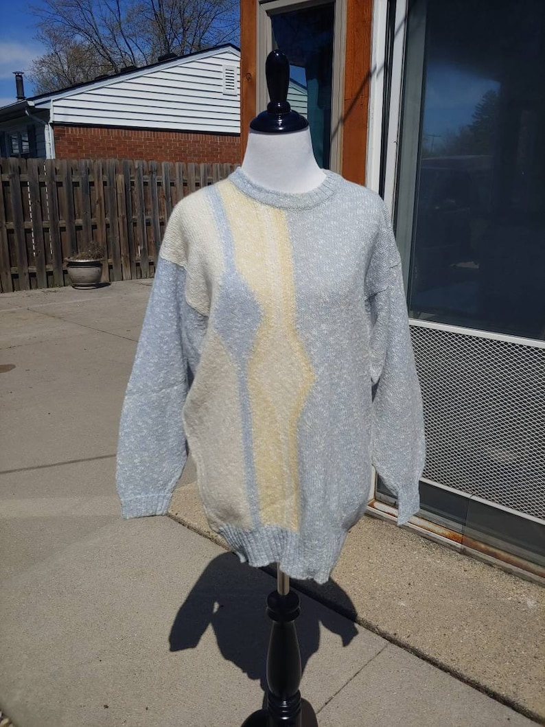 6b267b733d3f1 80s Clan Royal wool pastel blue white yellow pullover crew neck sweater  size S/M vtg vintage