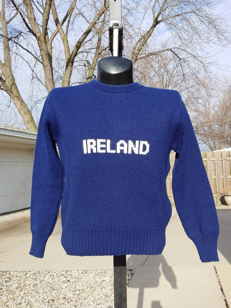 919deaf097f3c 80s IRELAND knit graphic double sided navy blue pullover sweater size S/M  vtg vintage simple basic