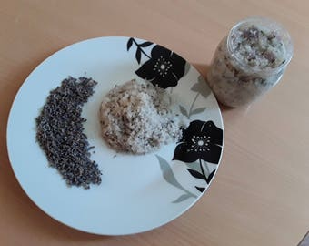 home made scrub with natural ingredients and Epsom salt 500ml