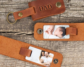 New Dad Keychain Gift Baby Bump Message New Dad Gift from Mommy/'s Tummy First Time Dad Daddy to Be Military Keychain with Engraving