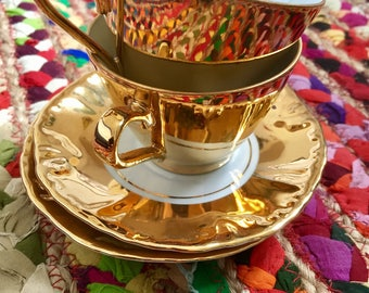 Vintage 40-50's-adorable duo of gold fine China coffee cups