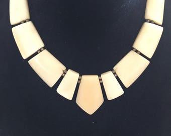 Old bone - Art Deco bib necklace