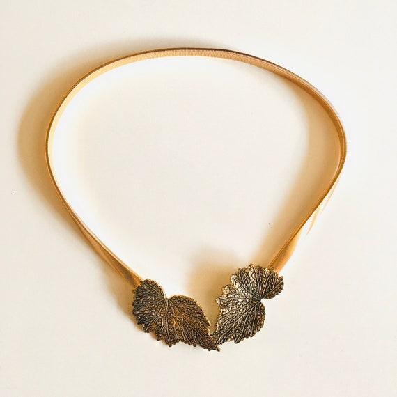 1980's- Gold metal jewelry belt, thin, elasticated