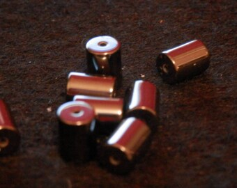 Set of 8 Hematite beads - 8mm