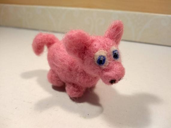 Needle Felted Animal 2  little pink pig  Wool Art Sculpture ooak