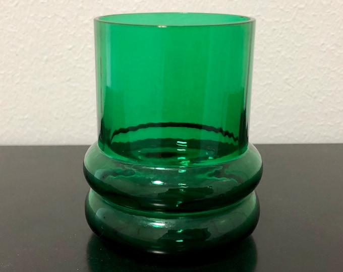 Nanny Still 'Sulttaani' (Sultan) Green Drinking Glass - Finnish Mid-Century Modern Vintage Glass Design from Riihimäen lasi, Finland