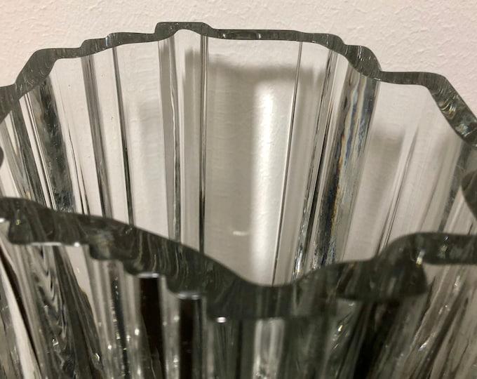 Tapio Wirkkala 3571 'Arcadia' Crystal Vase - Finnish Mid-Century Modern Vintage Glass Design from Iittala, Finland