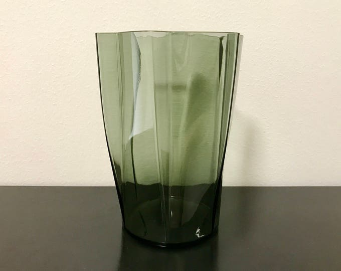 Harry Moilanen '1437' Smoke Grey Glass Vase (small) - Finnish Vintage Glass Design from Nuutajärvi, Finland