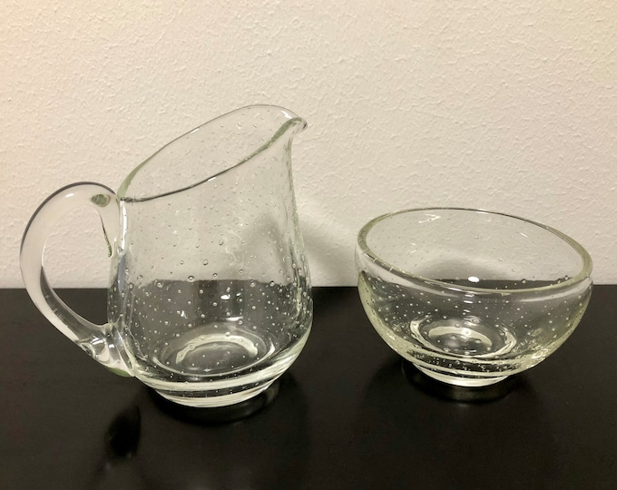Gunnel Nyman 'Pore' (Bubble) GN28 Creamer and Sugar Bowl - Finnish Mid-Century Modern Vintage Glass Design from Nuutajärvi, Finland