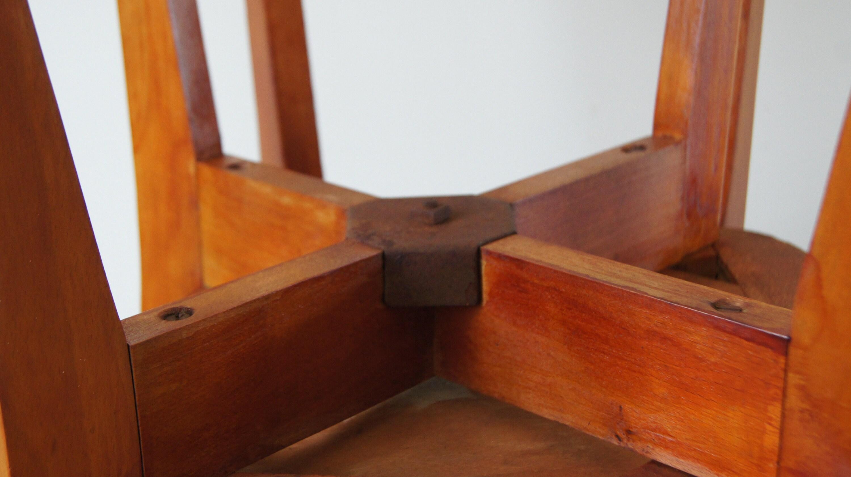 Trío de sillas de bistró de madera