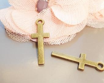 12 Cross charms antique bronze tone BC143