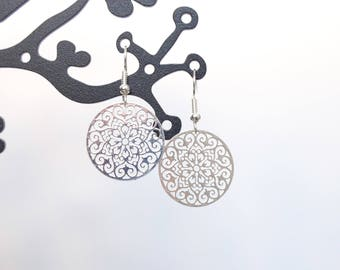 Light silver pinwheel earrings
