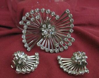 Coro Demi Parure  Spokes Rhinestones Fan Brooch and Clip-on Earrings