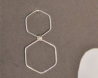 BO TOLAS Earings created with silver wire forming two hexagons