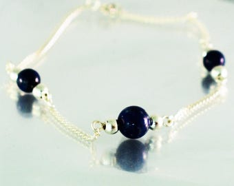 BR LA OLA Silver bracelet with three lapis lazuli pearls