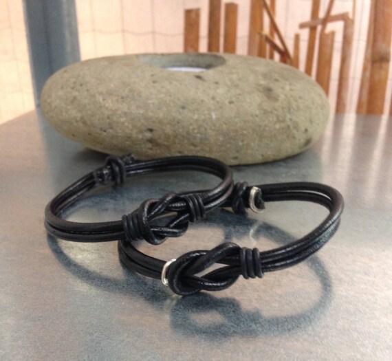 vente chaude en ligne 543f0 22aa3 Duo bracelets en cuir noir, infini, lui et elle, cadeau pour les amoureux  LIVRAISON GRATUITE en France