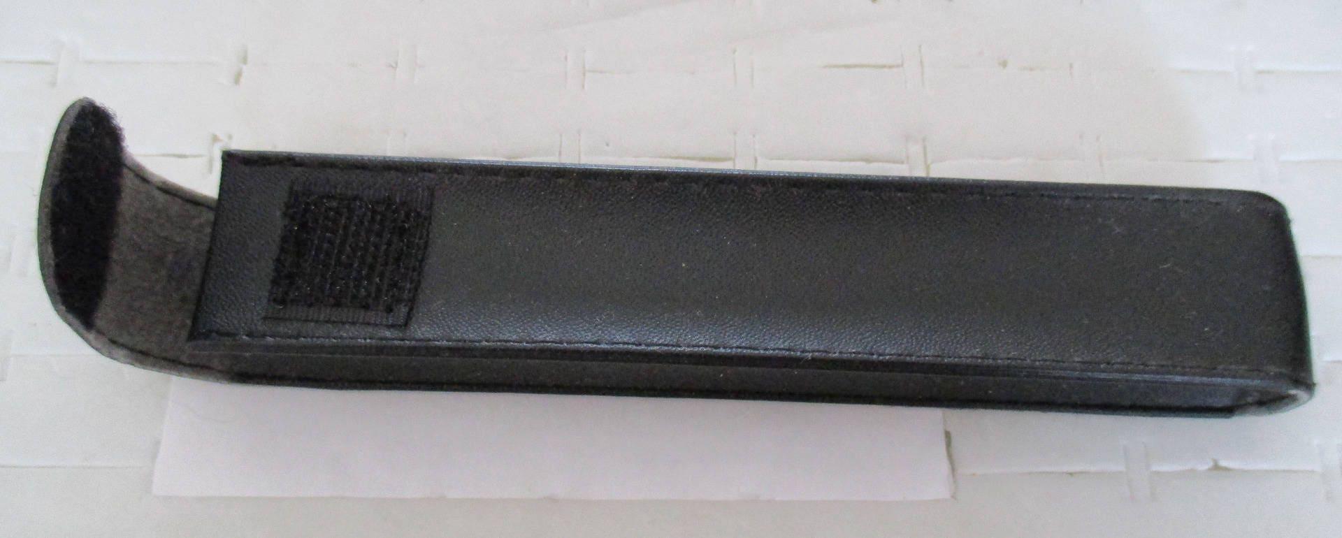 pochette noire simili cuir pour stylo etsy. Black Bedroom Furniture Sets. Home Design Ideas