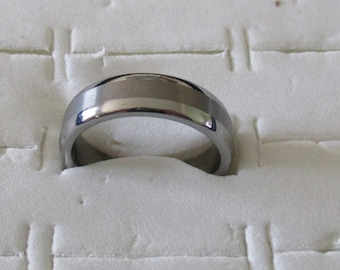steel and tungsten women ring