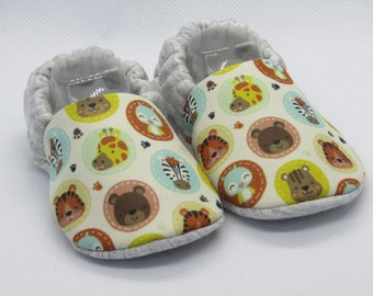 Safari Patterned baby booties, Sizes up to 24 months! Slippers, Crib shoes, Newborn, Cute, Unique, Better than socks!