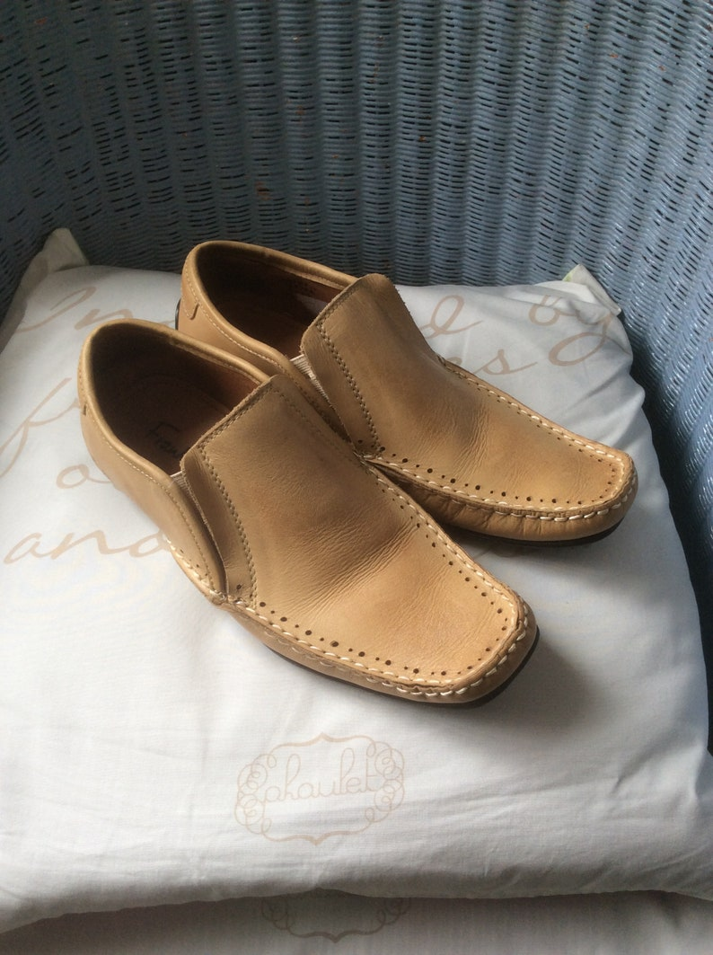 4b31fcecdee Loafers beige leather moccasins canoe slip ons Frank Wright