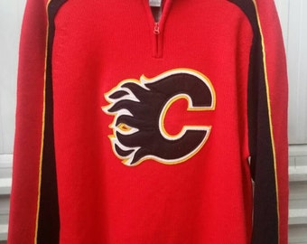 69fd2bdc4 Vintage 90 s Calgary Flames Sweater NHL Season Men s Pullover Hockey  Knitwear with Large Patch