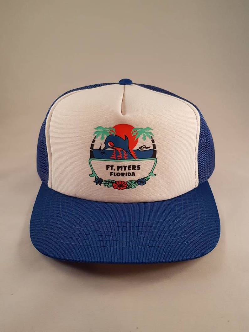 495861b3ec485 Vintage Snapback Mesh Ft Myers Trucker Hat With Dolphin Palm