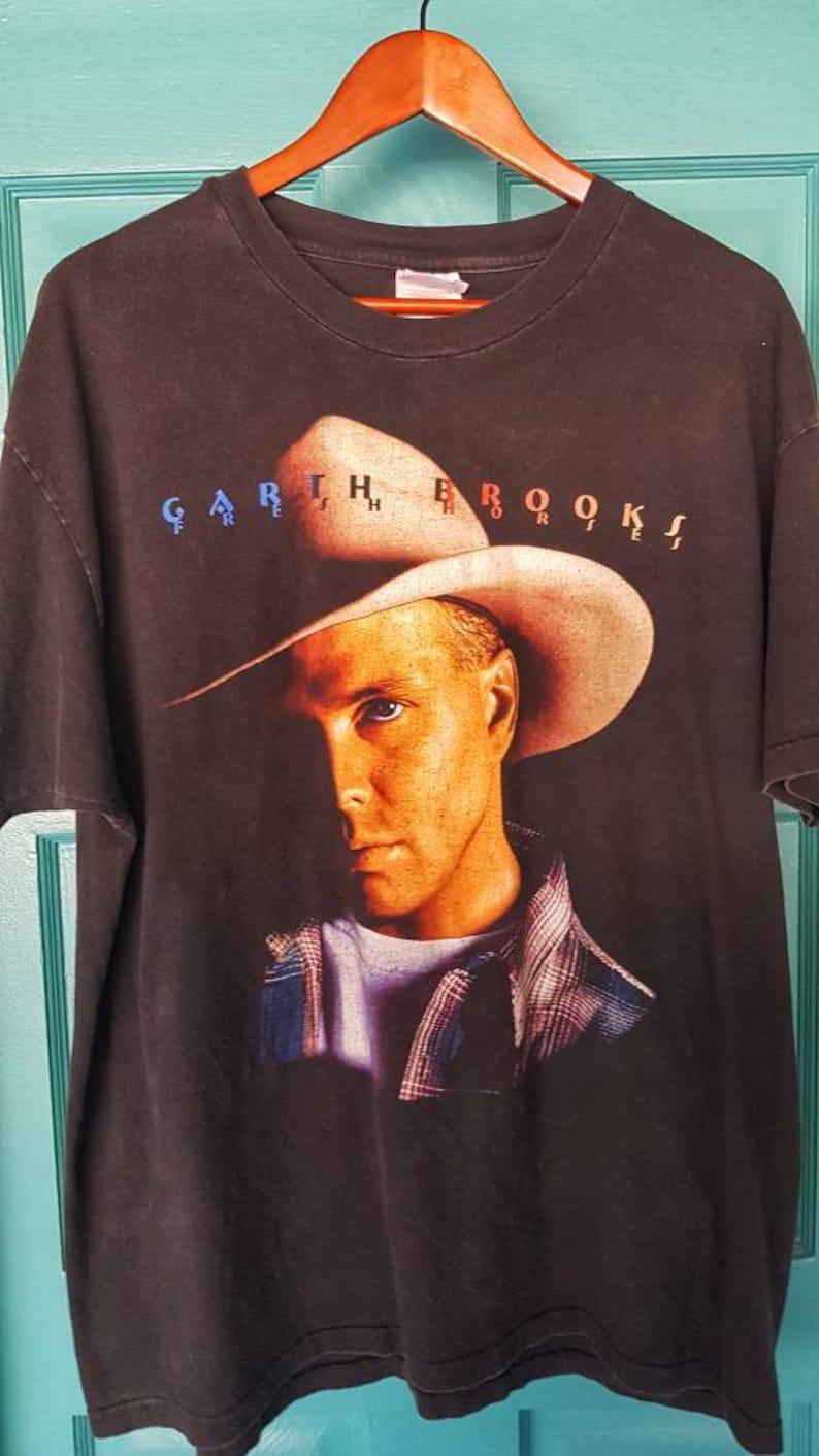 4e86a16d 90's GARTH BROOKS Tour T-shirt Country Music Festival 2 Sided, size XL.