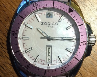 Zodiac speed dragon ladies Z05539 swiss made watch w/r 330ft day/date M.O.P.dial new battery original strap nice runs well