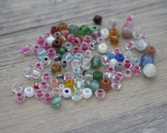 set of 9g of multicolored 4mm glass beads