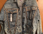 Woman s Vintage 80 s Stone Washed Blue Jean Jacket Embellished