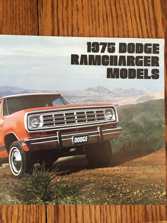 1976 Dodge Ramcharger Original Sales Brochure Catalog