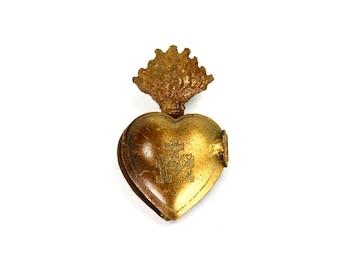 TINY Sacred Heart Ex Voto Milagro Cachette Gold Burning Heart Santos Saint Locket Box Antiqued Brass Pendant Ornament