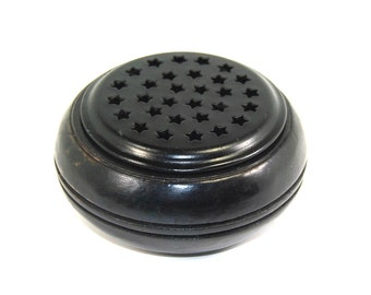 Resin Incense Burner Made of Wood and Metal With Frog Metal Grill Wooden Black