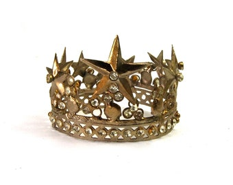 """Small Santos Crown 2.5"""" Diameter with Stars Rhinestones Antique Silver Finish Adjustable Size Diameter Antiqued French Shabby Chic"""