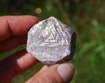 "65g 1.5"" Natural Hexagon Ruby Corundum Crystal Trigonic Record Keeper Krishna Spear Vedic Sapphire Ayurvedic"