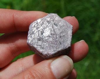 "44g 1.25"" Hexagon Ruby Corundum Crystal Trigonic Record Keeper Krishna Spear Vedic Sapphire Ayurvedic Natural"