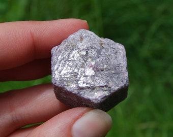 "53g 1"" Tall Hexagon Ruby Corundum Crystal Trigonic Record Keeper Krishna Spear Vedic Sapphire Ayurvedic Natural"