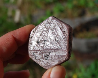 "62g 1.75"" Hexagon Ruby Corundum Crystal Trigonic Record Keeper Krishna Spear Vedic Sapphire Ayurvedic"
