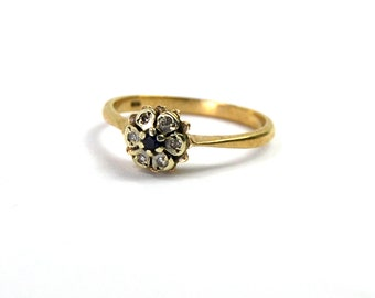 Vintage Estate Sapphire and Diamond Daisy Cluster Ring 9 Karat Yellow Gold 9k Fully Hallmarked English British Size 6.5 Made in 1979